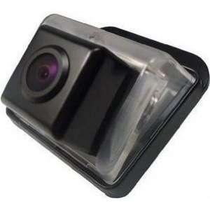 Штатная камера заднего вида Mazda CX-7, CX-5, Mazda 6 Faw B50 CCD