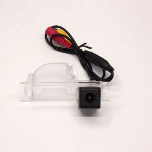 Штатная камера заднего вида Skoda Rapid до 2019 года CCD Letrun 2608